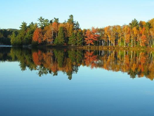 lake-432016_1280